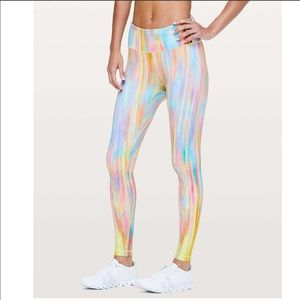 New LULULEMON Speed Wunder Rainbow Seawheeze 12